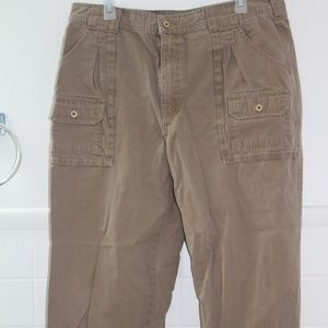 Cabela's Brown 7-Pocket Hiker 36 X 30